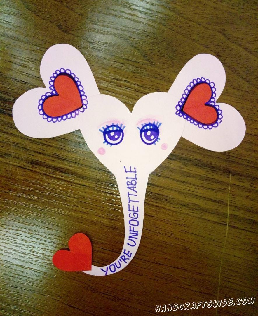 Отличный подарок ко дню святого Валентина, сделанный своими руками из цветной бумаги.