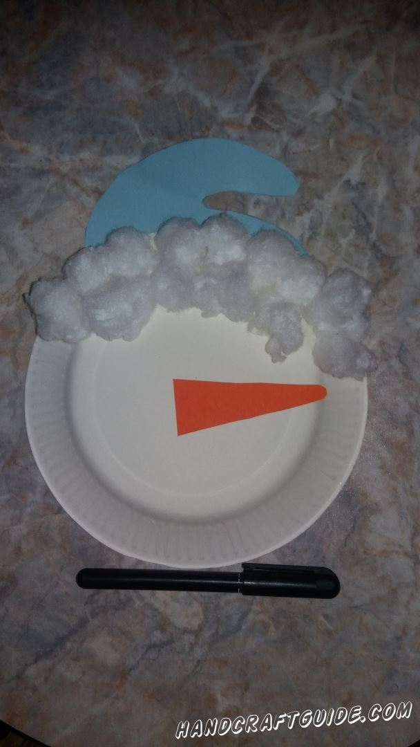 поделка из пластиковой тарелки и ваты