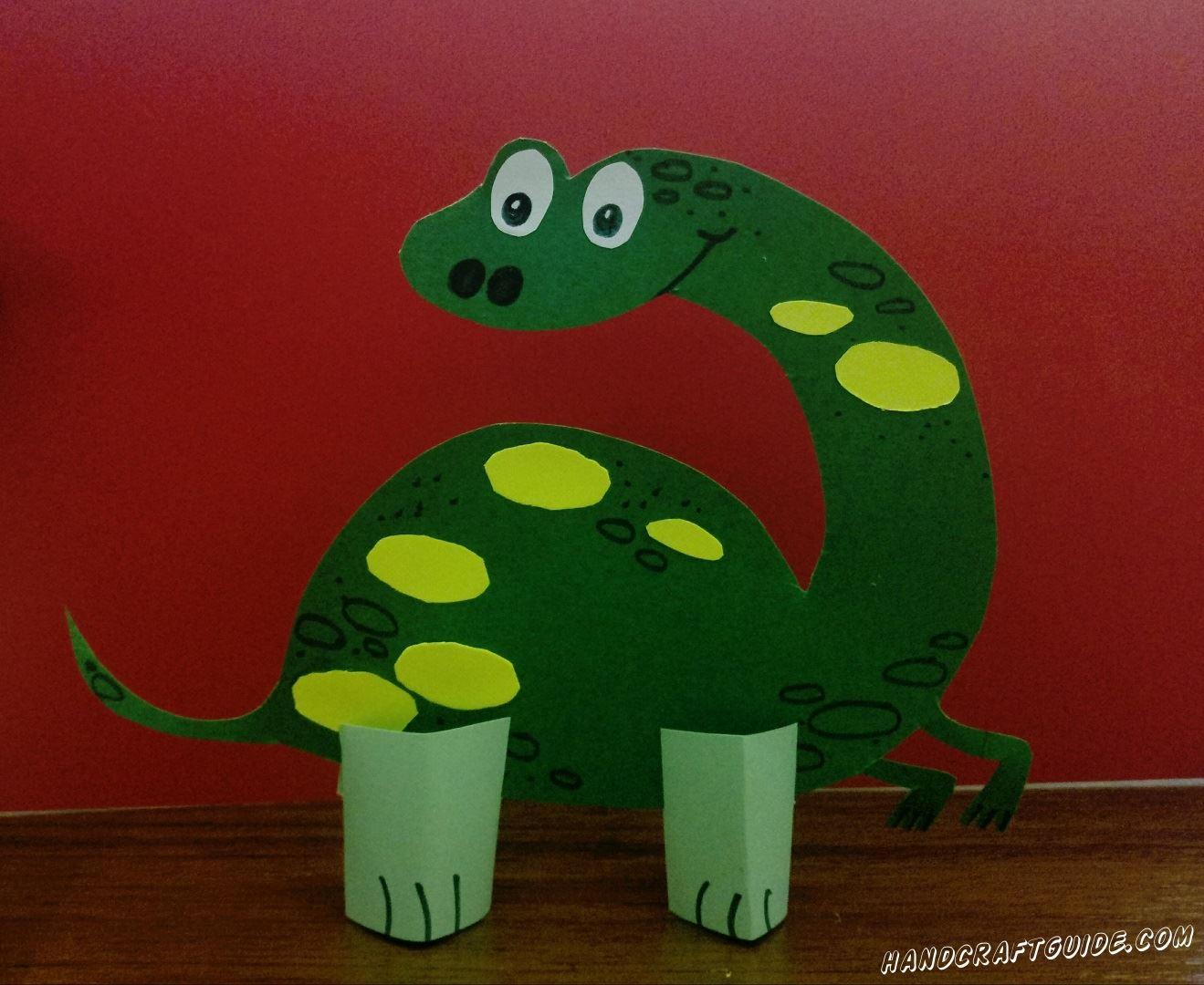 Парк юрского периода может оказаться прямо у вас дома. А начнем мы с динозавра из цветной бумаги.