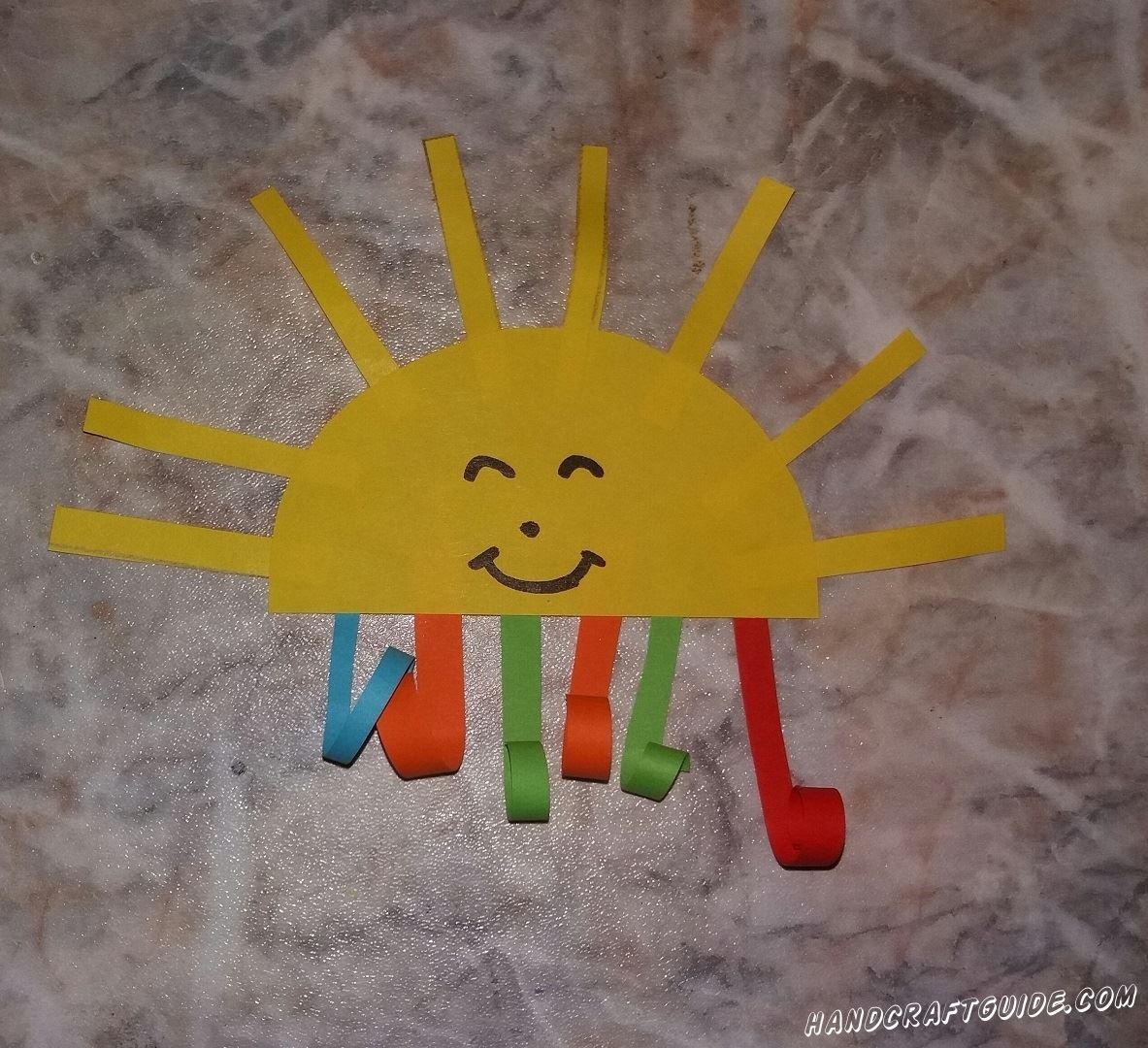 Добавим немного тепла в наши квартиры, с помощью этой аппликации из цветной бумаги.