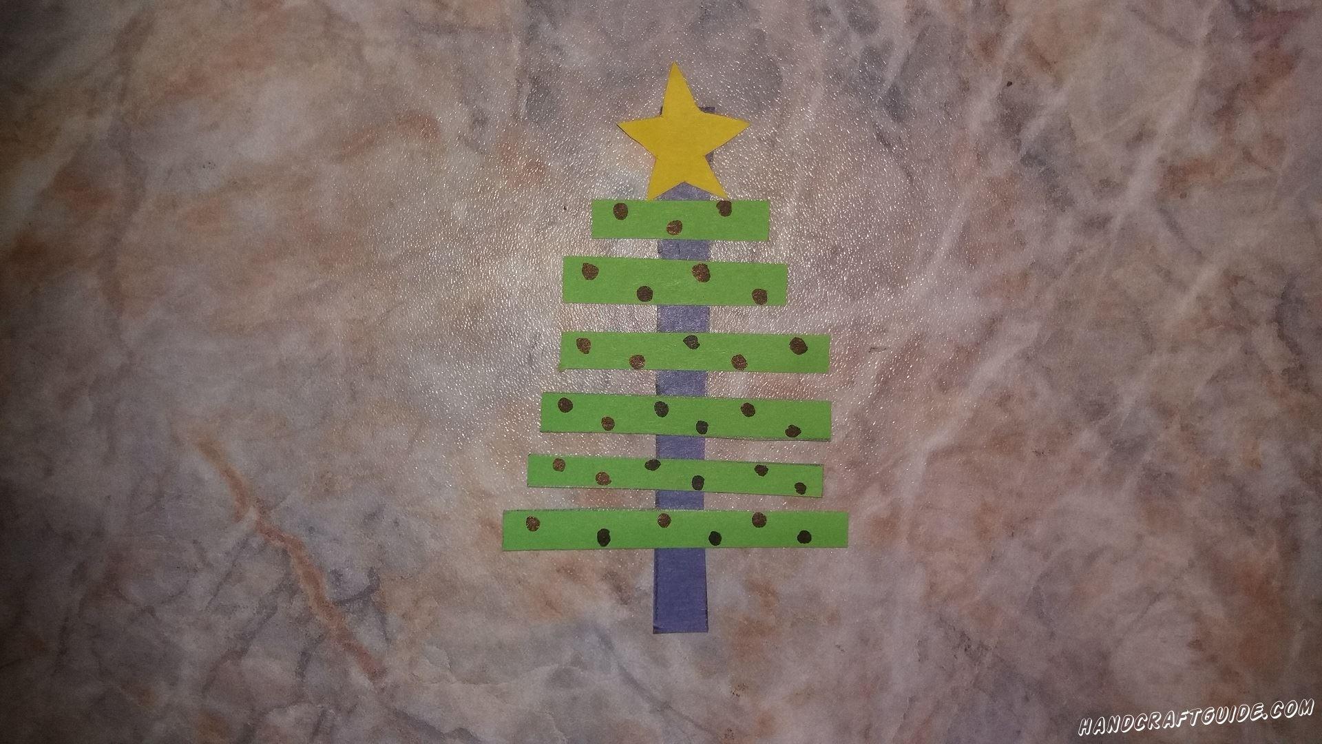 Сделаем ёлочку из цветной бумаги, и украсим новогодние праздники своими поделками