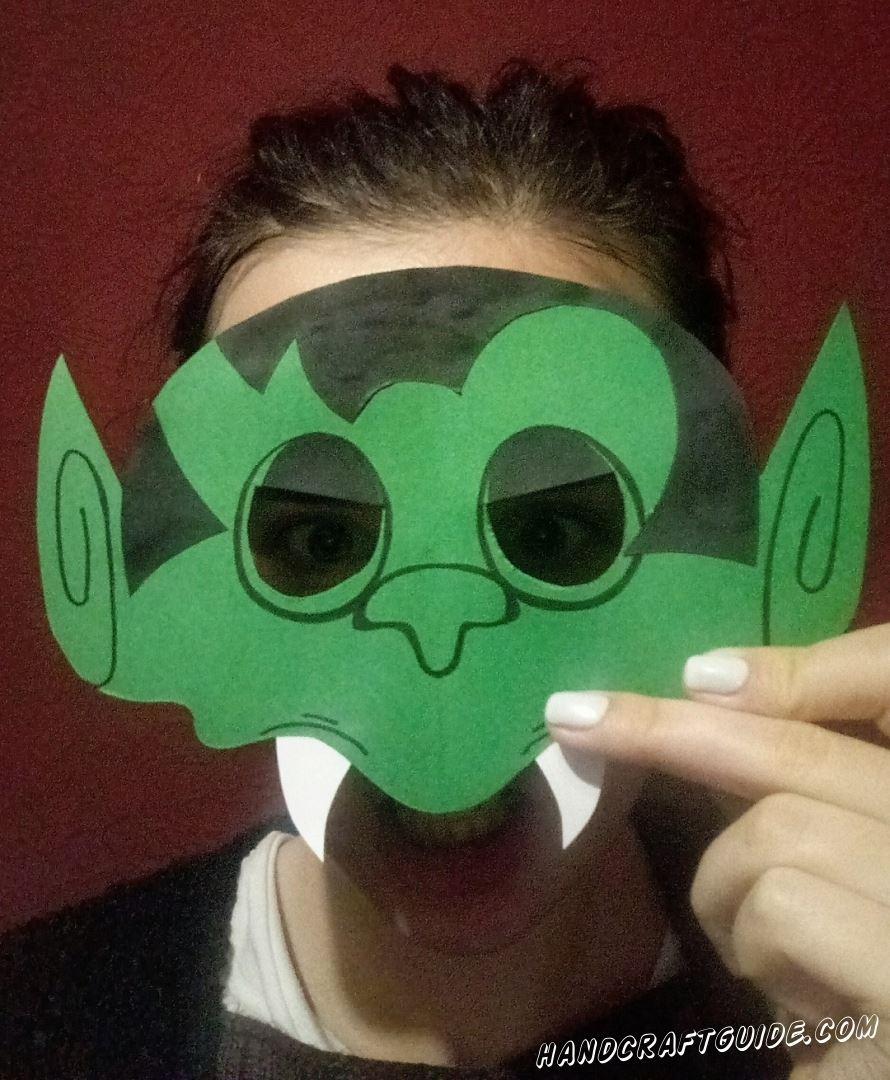 маска тролля из бумаги