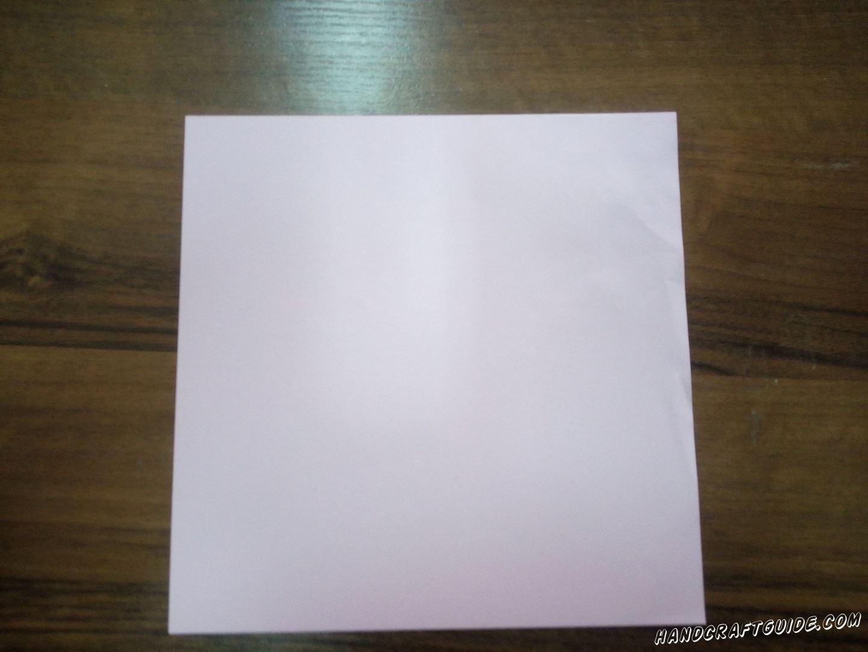 Возьмём бумагу для оригами или вырежем квадрат