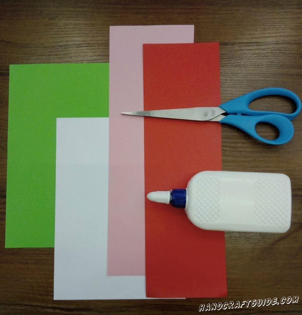 Для выполнения данной поделки нам понадобится: Цветная бумага Ножницы Клей