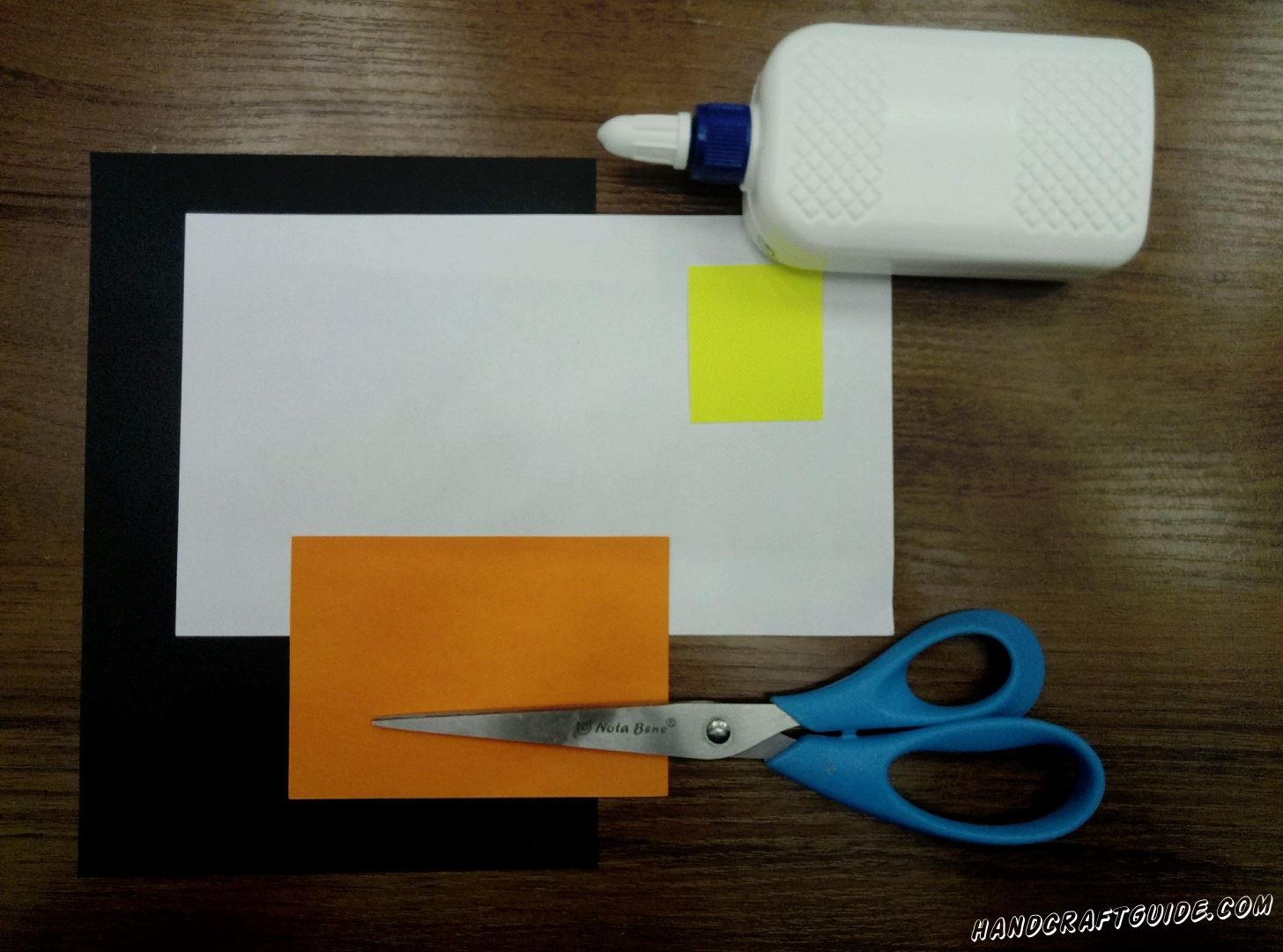 Нам понадобится: Цветная бумага: оранжевая, чёрная, белая, желтая Ножницы Клей ПВА