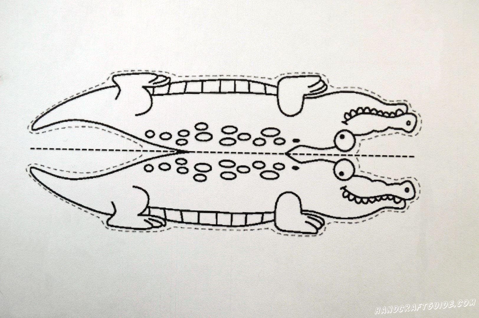 Для начала давайте распечатаем картинку с крокодилом, которую мы подготовили специально для вас. Вырезаем нарисованный рисуночек