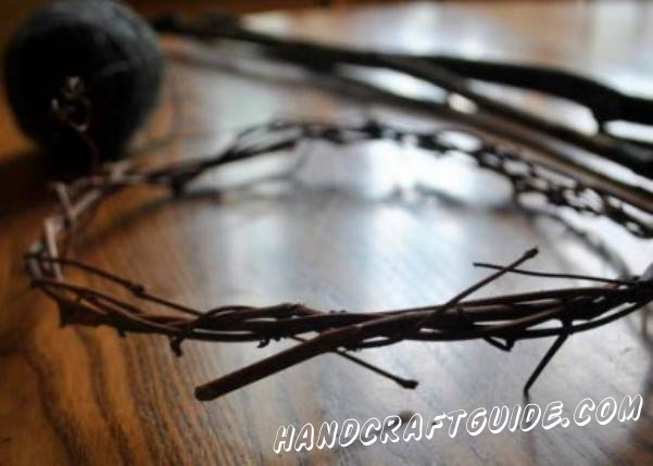 Make a circle using the little branches, like it's shown in the picture. You can fix the construction with threads or a wire.