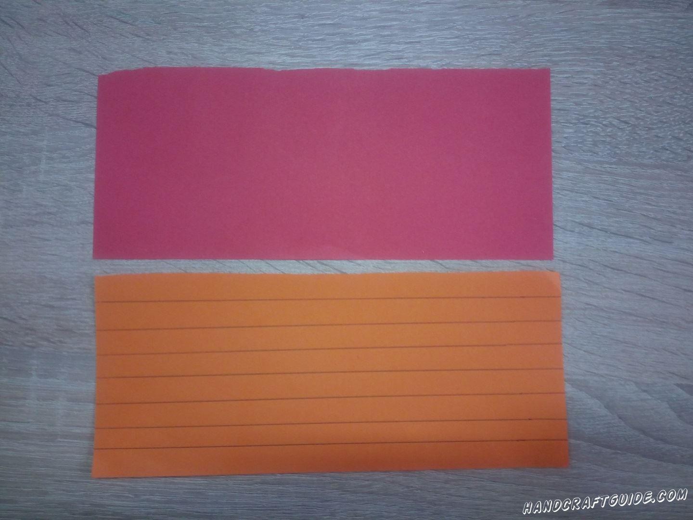 Для начала нам нужно взять много бумаги разного цвета и нарисовать на них много одинаковых полосочек