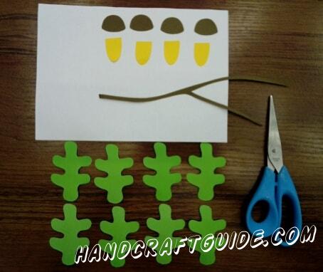 Из цветной бумаги вырезаем все необходимые нам детали,как на фото