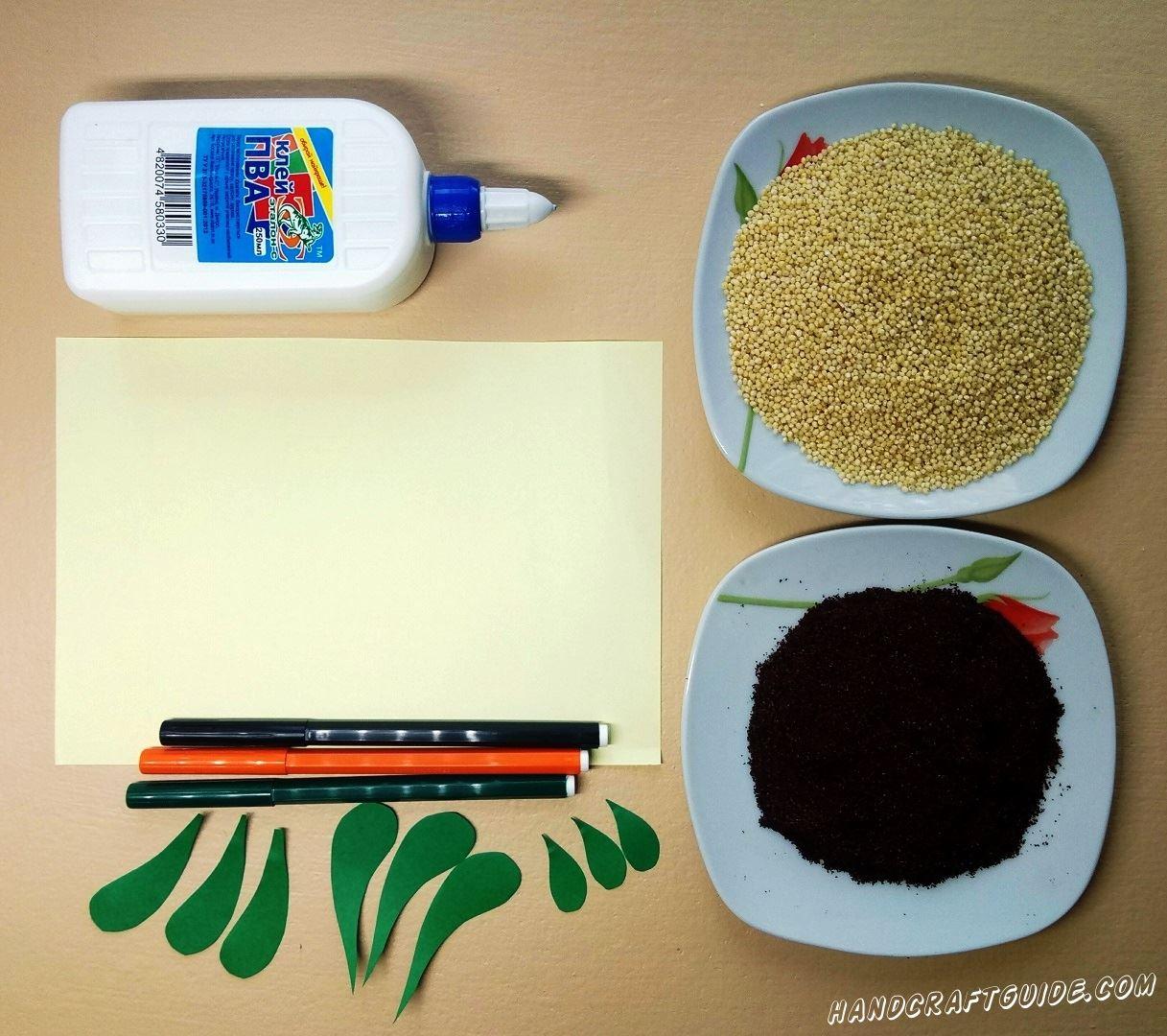 А начнём мы с того, что вырежем листочки для наших морковочек из бумаги зелёного цвета