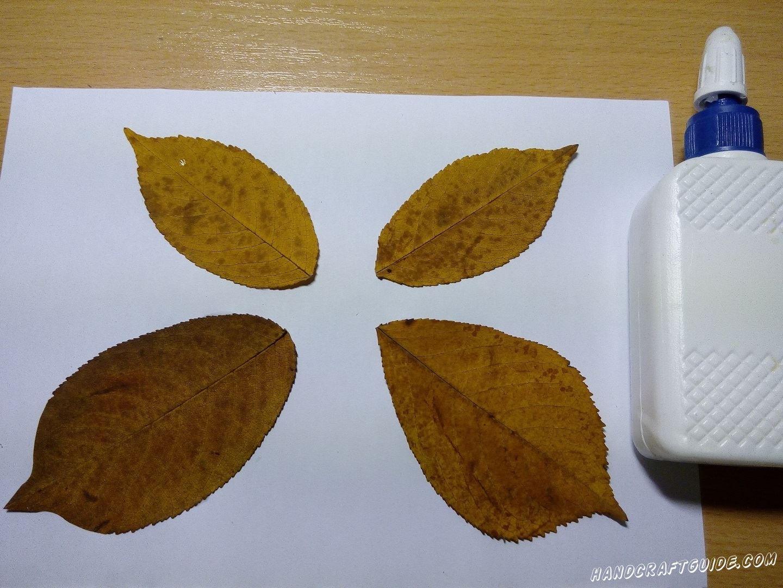 бабочка из осенних листьев поделка