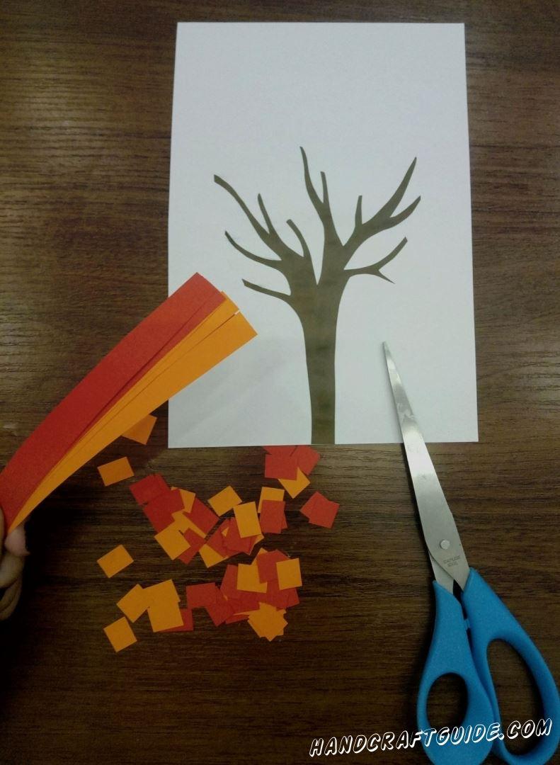 Складываем все , вырезные нами , полосочки и разрезаем их на множество квадратиков. Мы уже почти у цели...