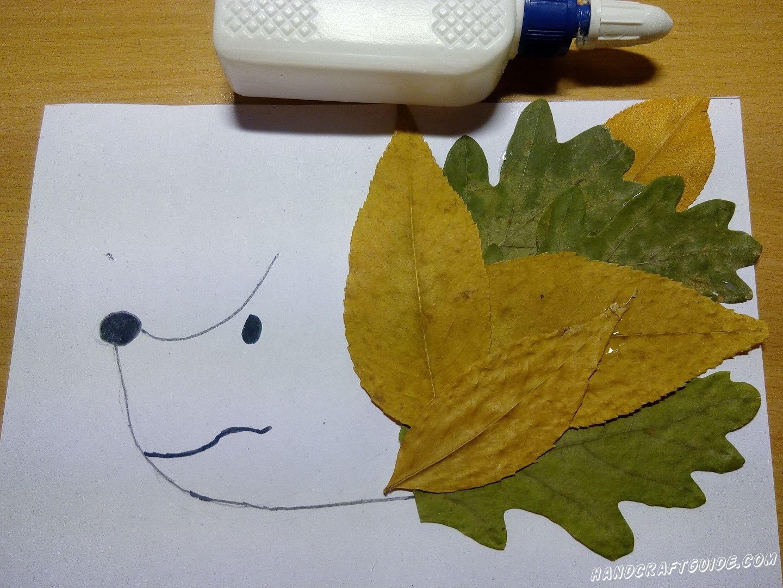 аппликация ёжик из осенних листьев