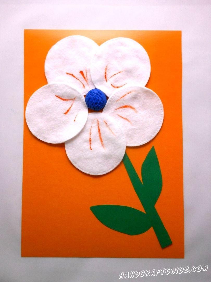 аппликация цветка из ватных дисков
