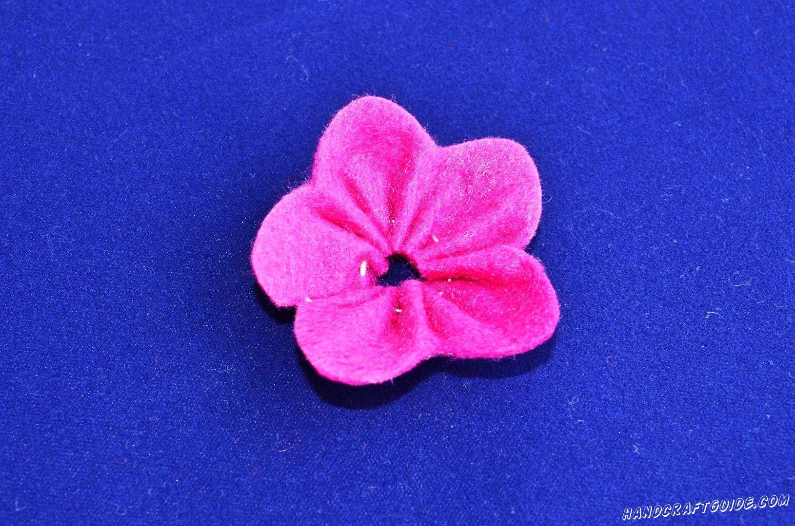 Сшиваем цветочек