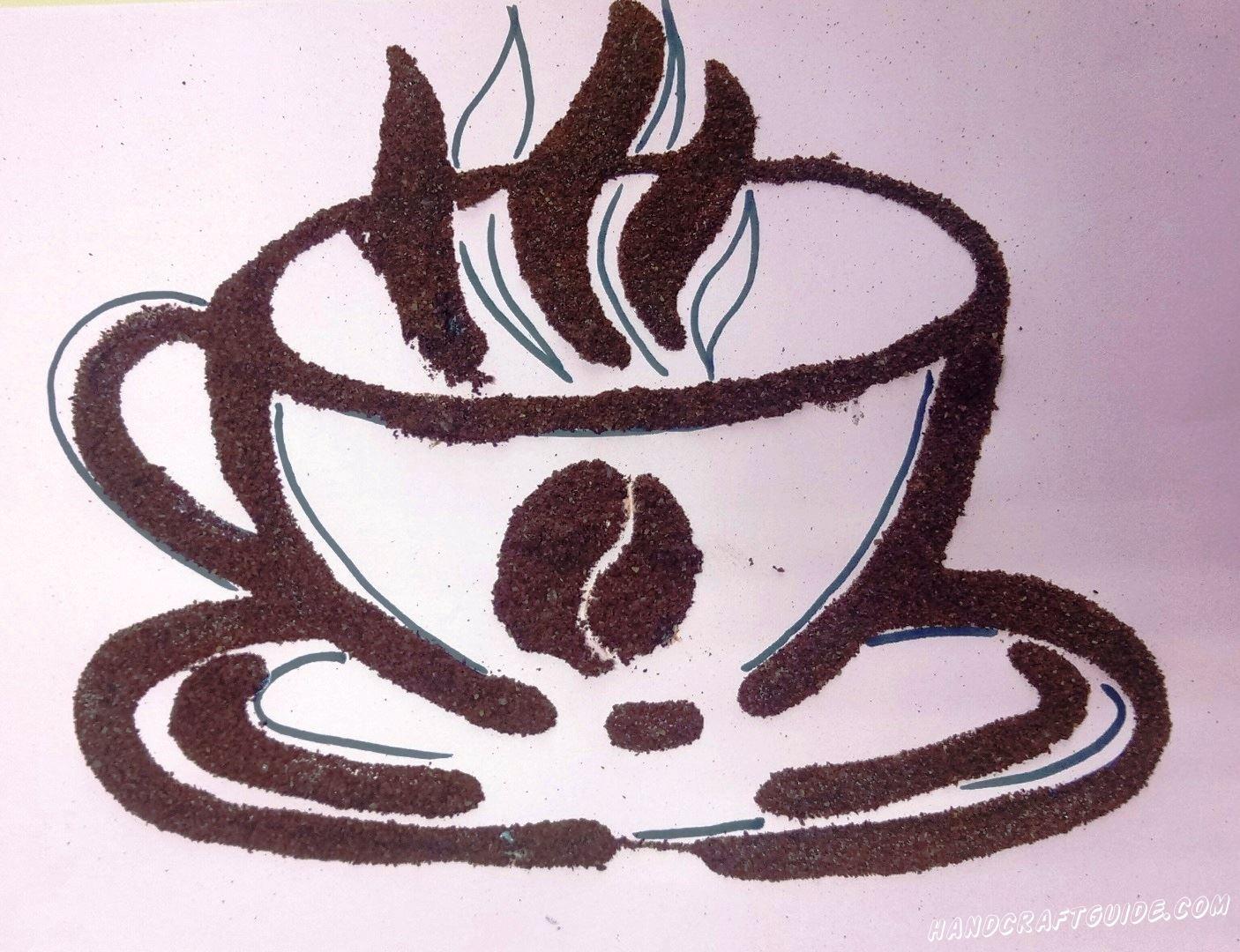чашка кофе нарисованная молотым кофе