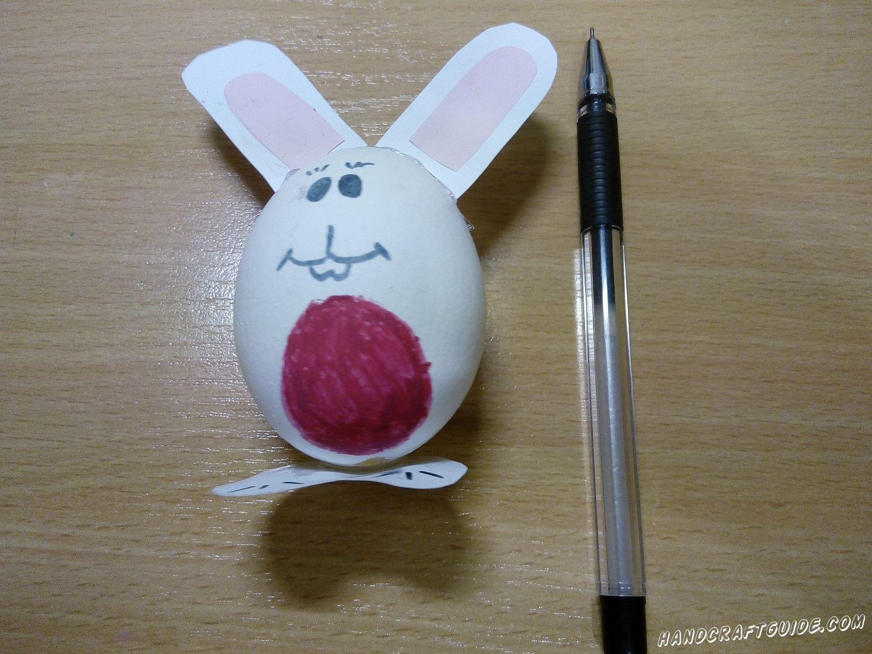 простая поделка на пасху из яйца