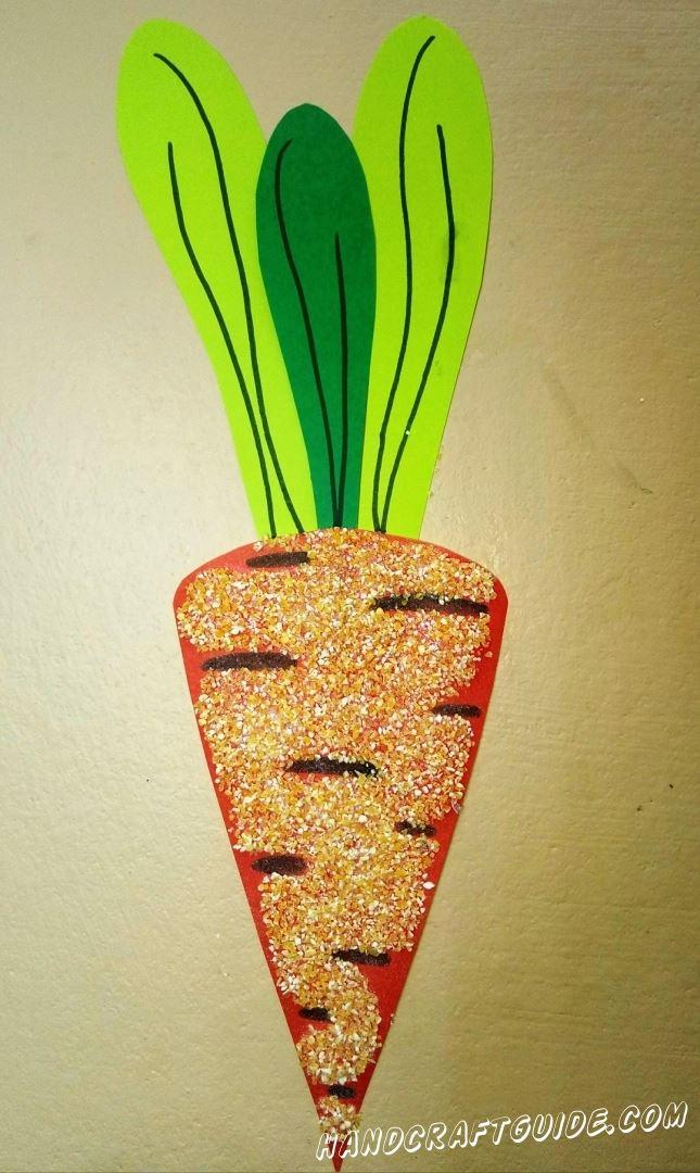 Если ваша мама называет вас зайчиком, то эта морковка из бумаги, специально для вас.