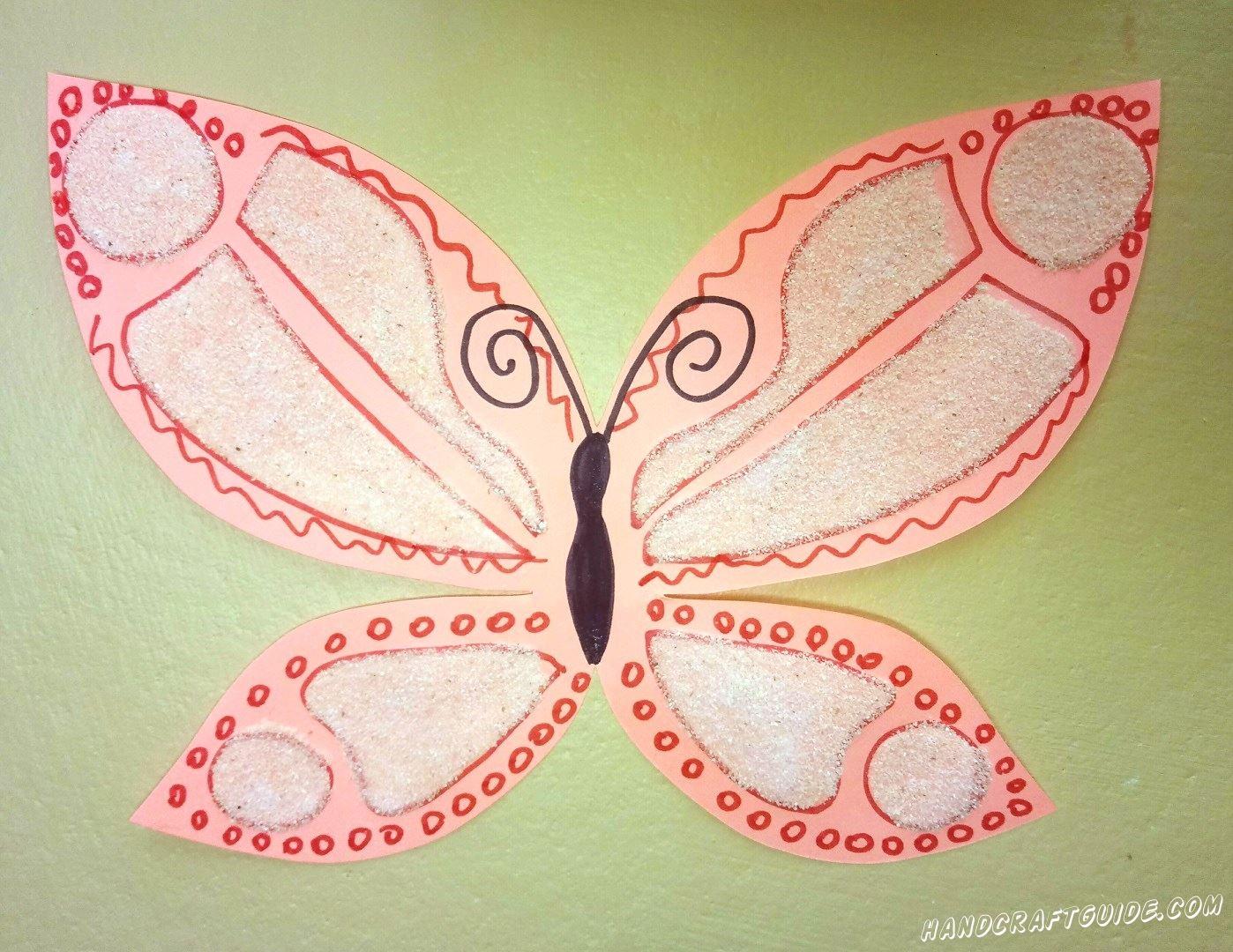 розовая бабочка аппликация из манной крупы