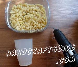 Make a pattern of pasta - an asterisk.