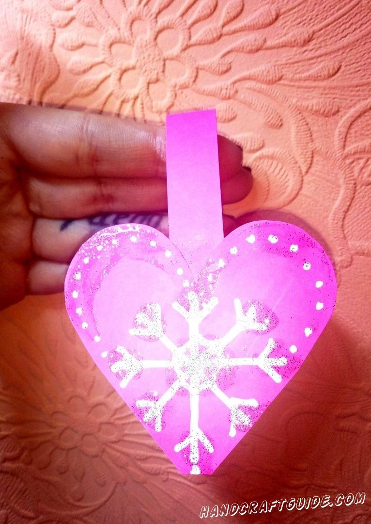 Холодное зимнее сердце мы сделаем из цветной бумаги!