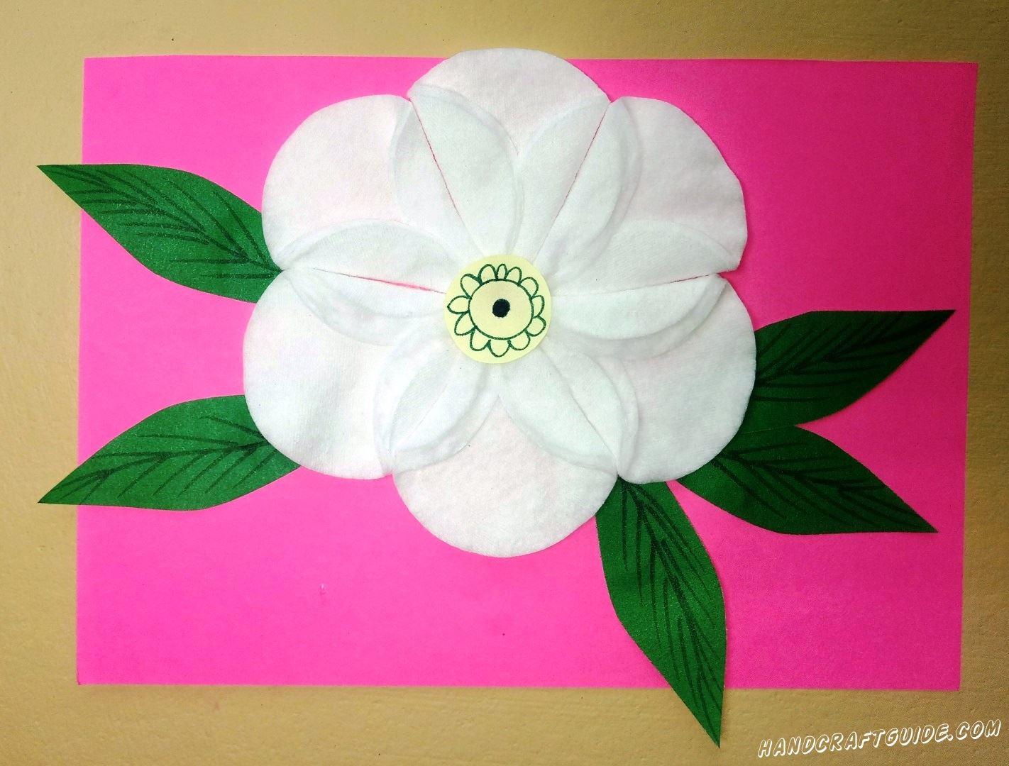 Красивейший белый цветок из ватных дисков, мы сделаем своими руками.