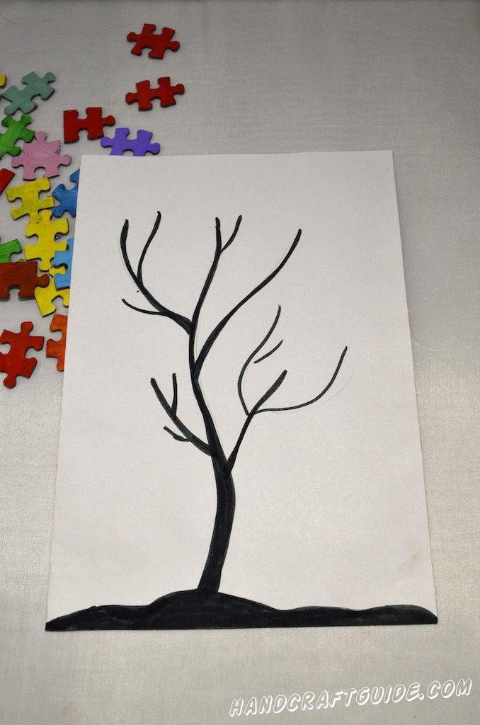 Следующим шагом, рисуем столб и ветки дерева. Можете скопировать как показано на картинке или нарисовать любое дерево на ваше усмотрение.