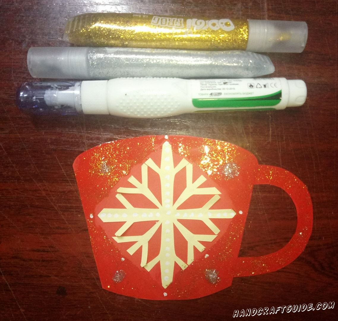 чашка к рождеству из бумаги
