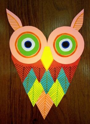 Красивую и мудрую сову из цветной бумаги мы сделаем своими руками.