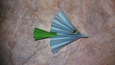 Присоединяйтесь к выполнению рыбки из цветной бумаги, вместе с нами!