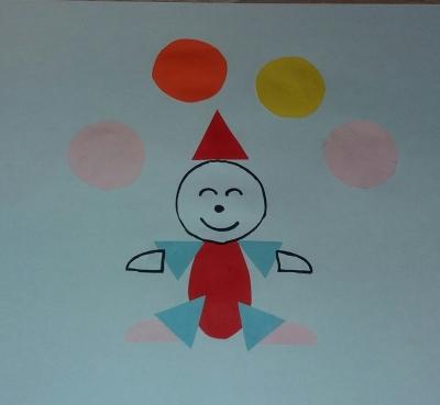 Аппликацию с клоуном, таким же, как вы видели в цирке, мы сейчас сделаем из цветной бумаги.