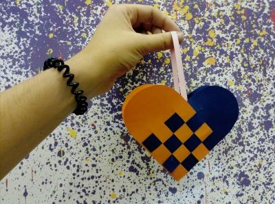 Красивое сердечко своими руками, которое украсит вашу комнату и привнесет в неё любви!