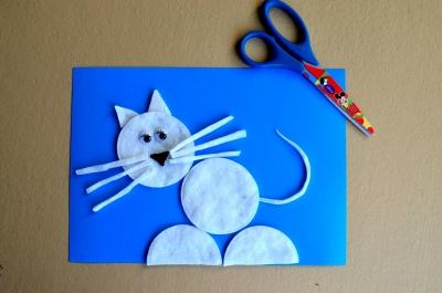 поделка котик из ватных дисков