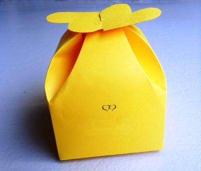 Подари подарок любимой или любимому, сделанный своими руками.