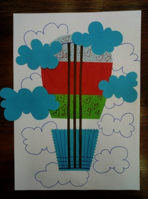 Запускаем в небо воздушный шар из цветной бумаги!