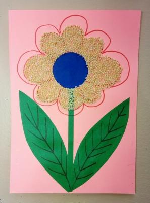 Видели когда-нибудь цветочек с пшеном? Так вот, именно такой цветочек мы сейчас сделаем своими руками. И поверьте, он ничем не хуже обычных цветов!