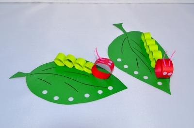 поделка гусеница из бумаги