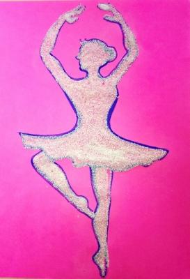 картина балерина из крупы