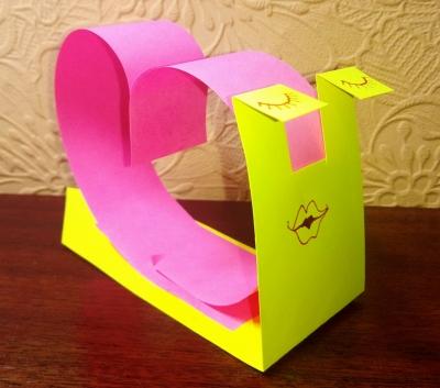 поделка из цветной бумаги для детей своими руками
