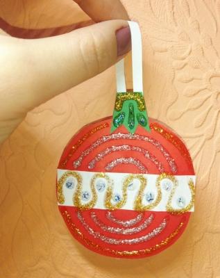 Сделай самые красивые игрушки на новогоднюю ёлочку, своими руками.
