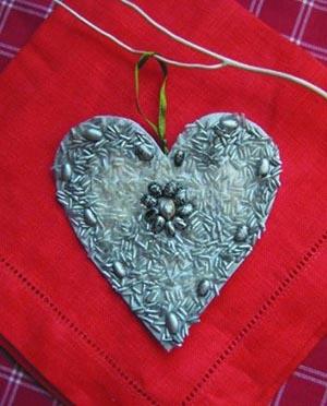 серебряное сердце из семечек своими руками подарок